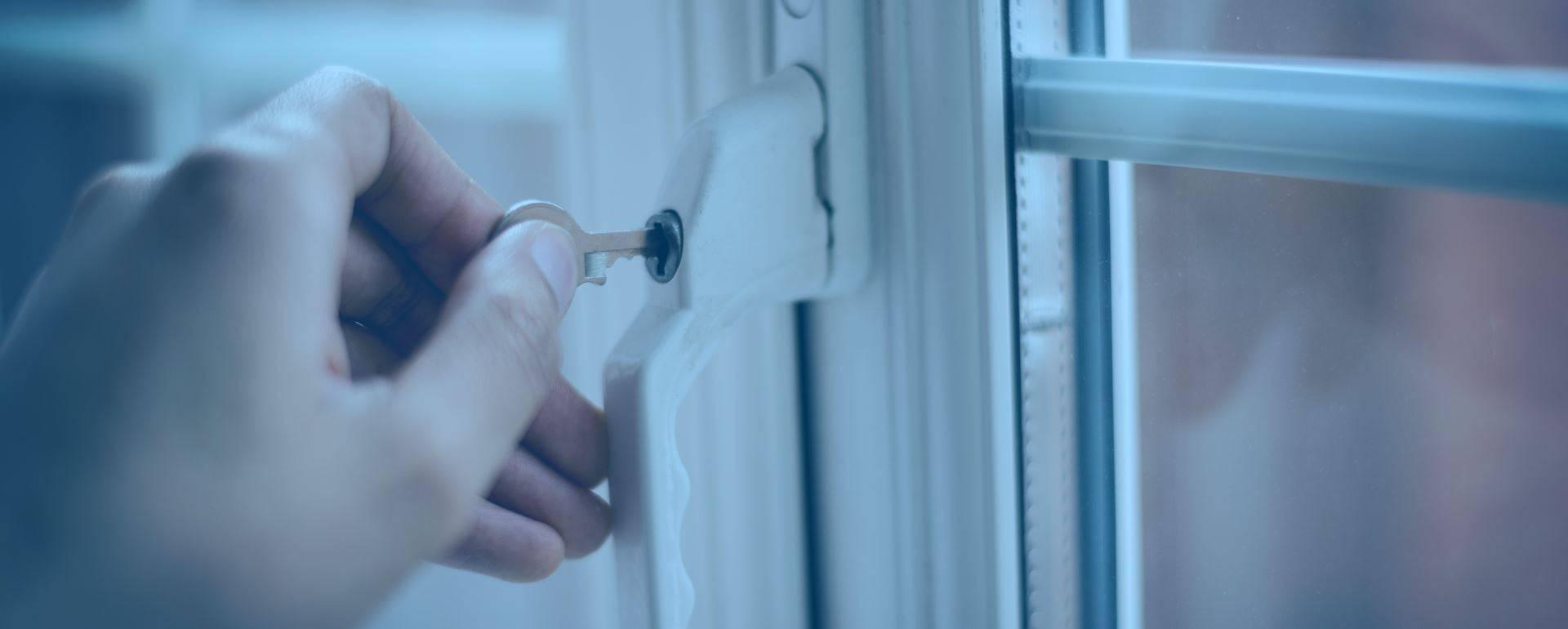 hand turning key in double glazing door handle lock